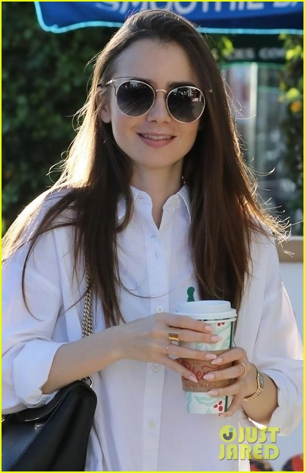 lily collins spends her day shopping in beverly hills 024188869