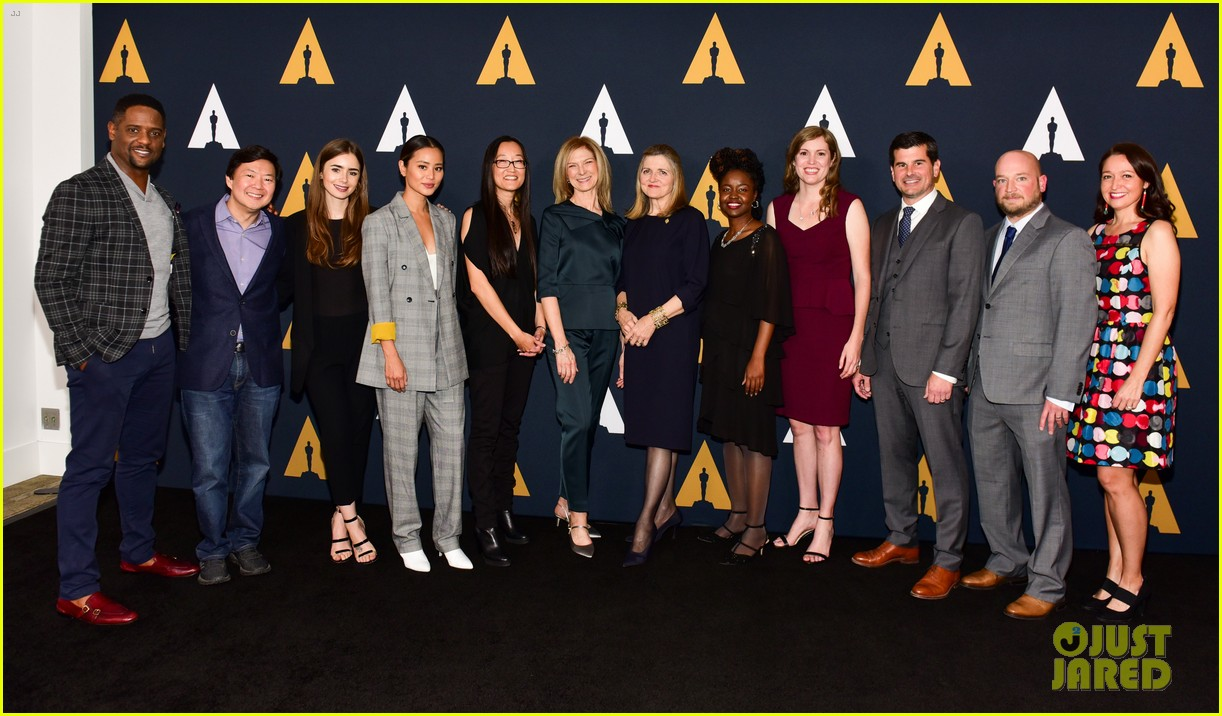 lily collins and jamie chung reunite academy nicholl fellowships in screenwriting awards 024179183