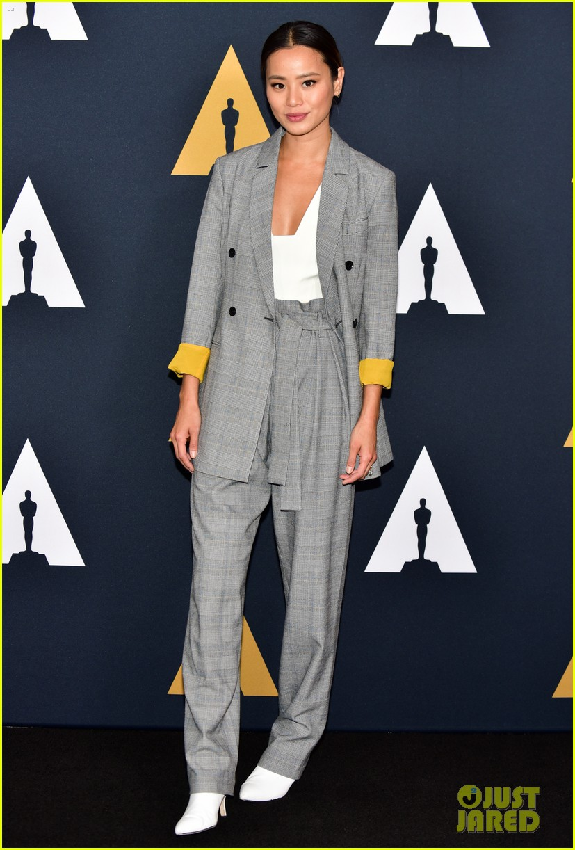 lily collins and jamie chung reunite academy nicholl fellowships in screenwriting awards 054179186