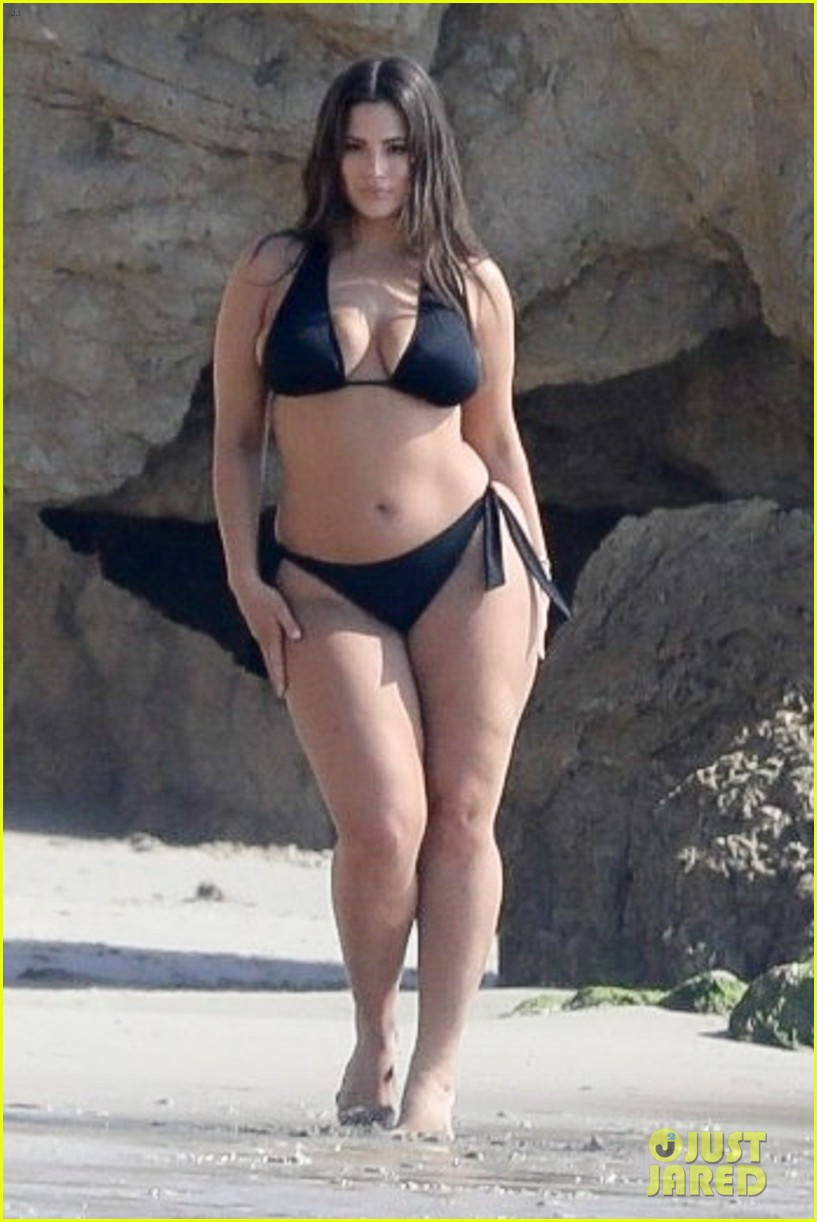 Ashley Graham Bikini Nude Photos 67
