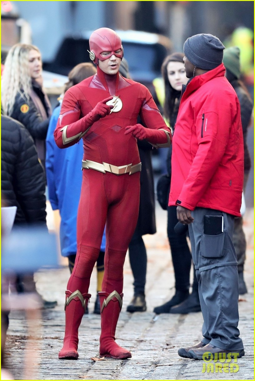 grant gustin the flash november 2018 02 34185742