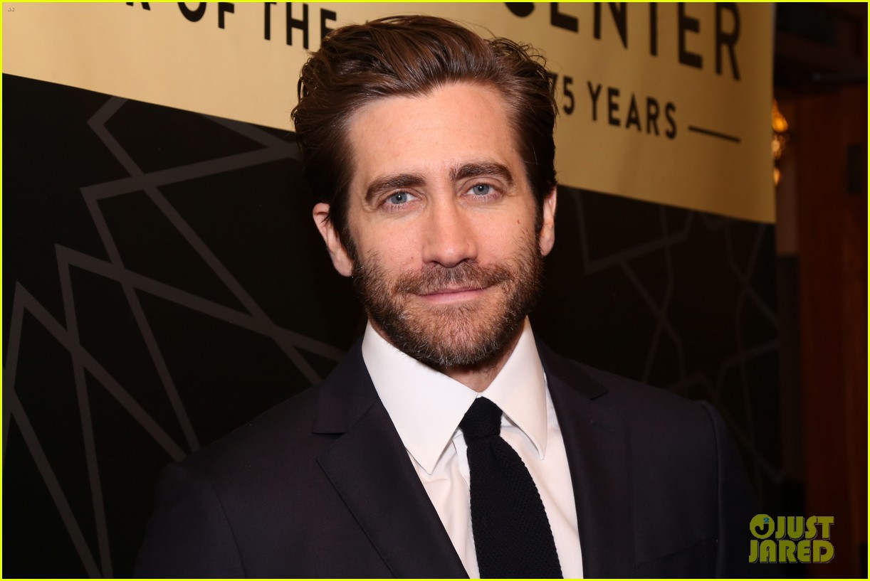 jake gyllenhaal sutton foster more step out for nyc centers a chorus line gala 074182833