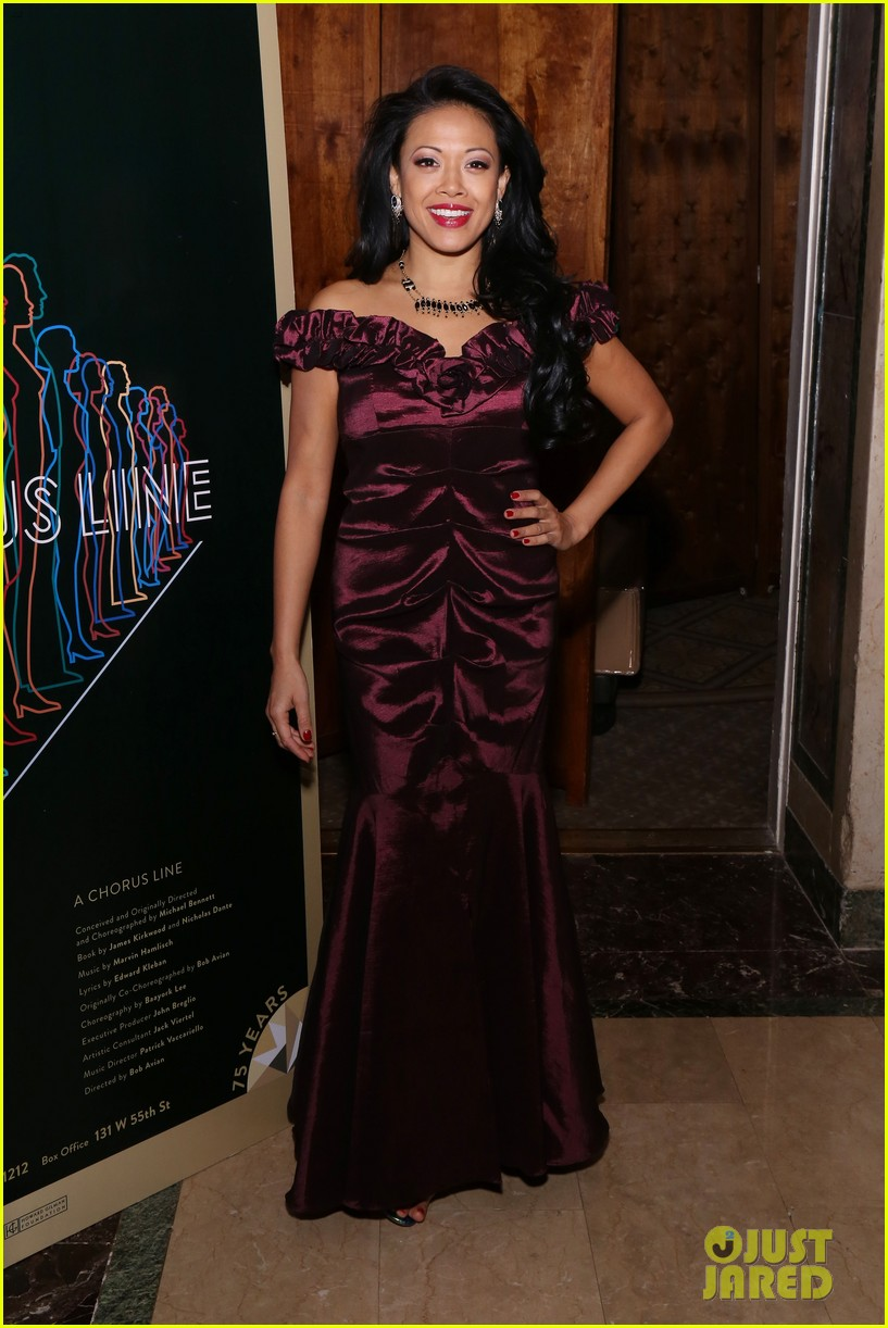 jake gyllenhaal sutton foster more step out for nyc centers a chorus line gala 304182856