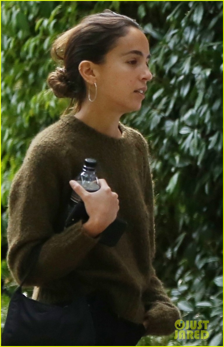 jonah hill girlfriend gianna santos step out for lunch 044184169