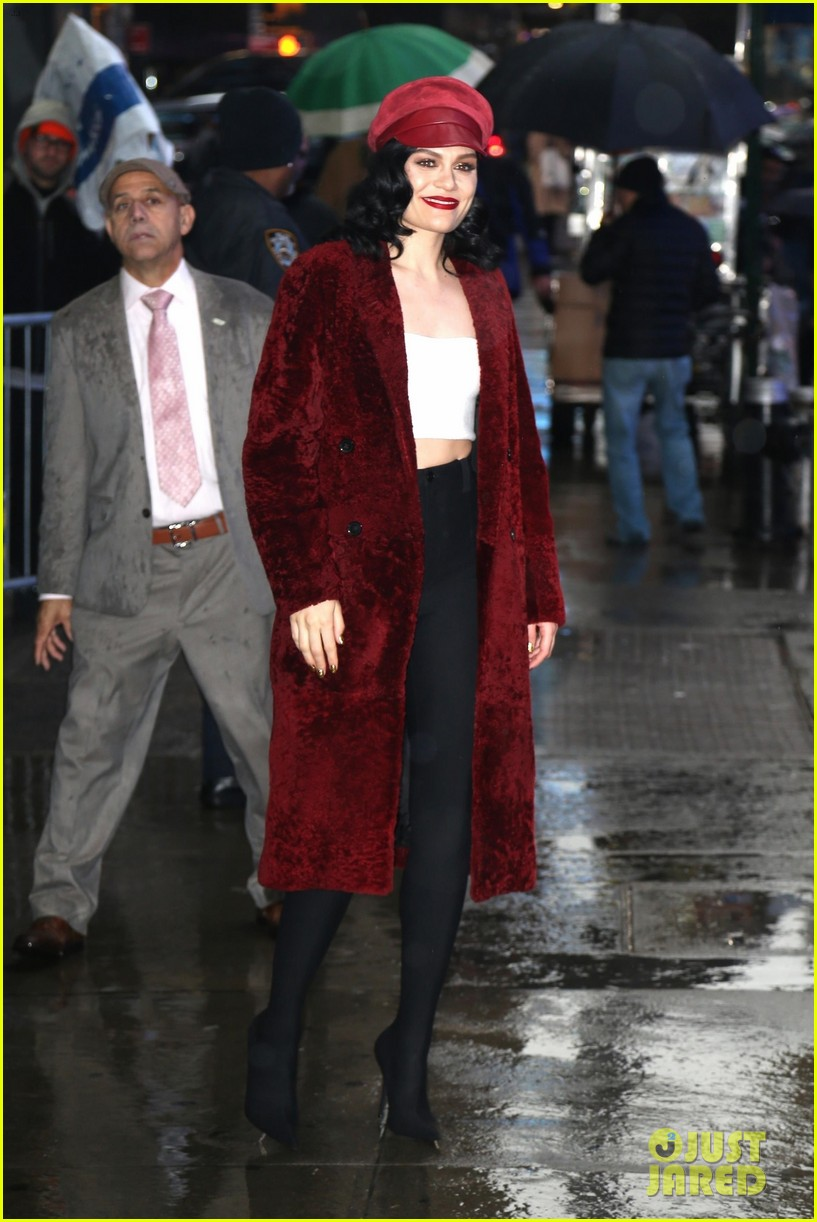 Jessie J Gets Busy Promoting \'This Christmas Day\' in New York: Photo ...