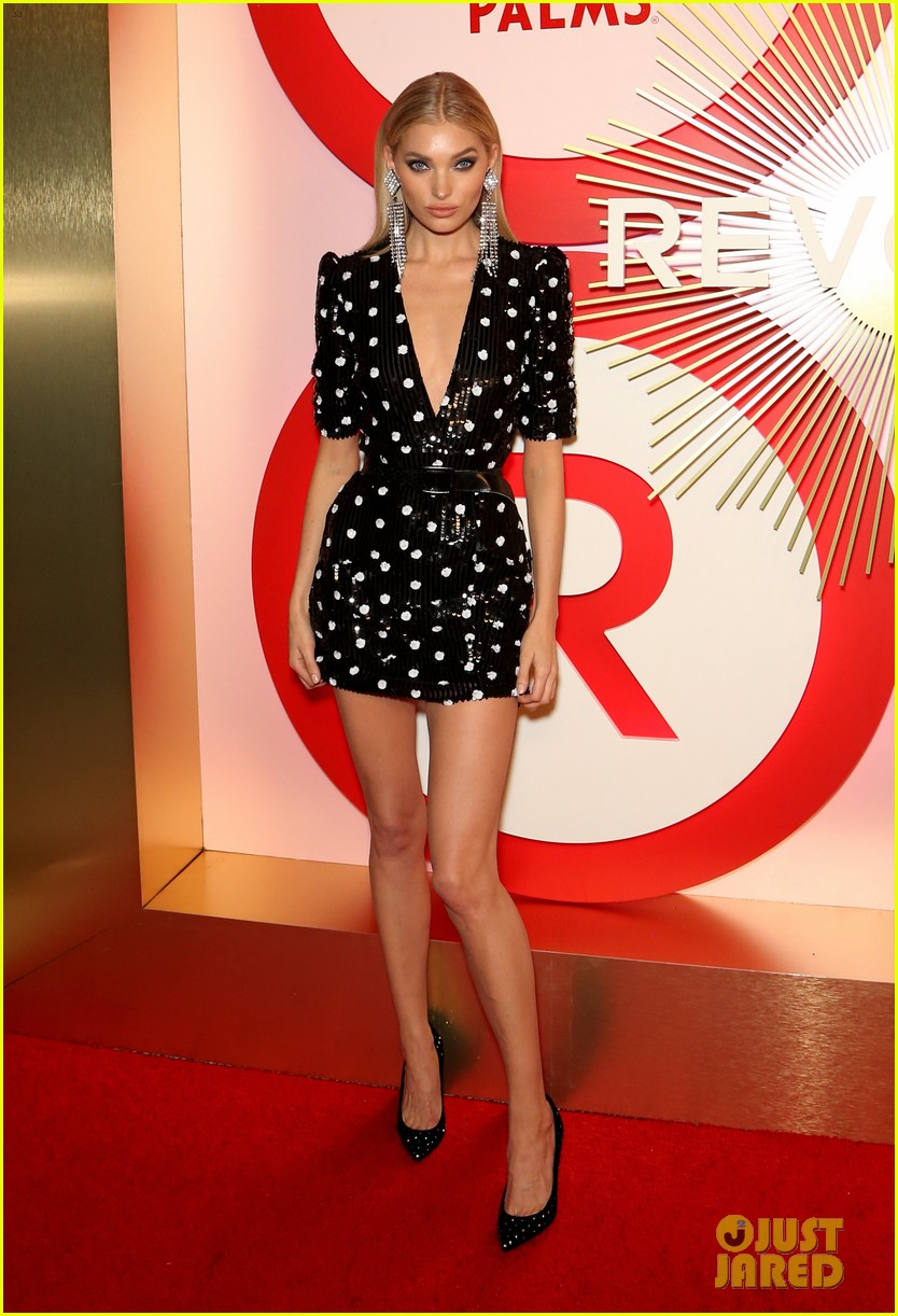 kendall jenner icon of the year revolve awards 2018 05