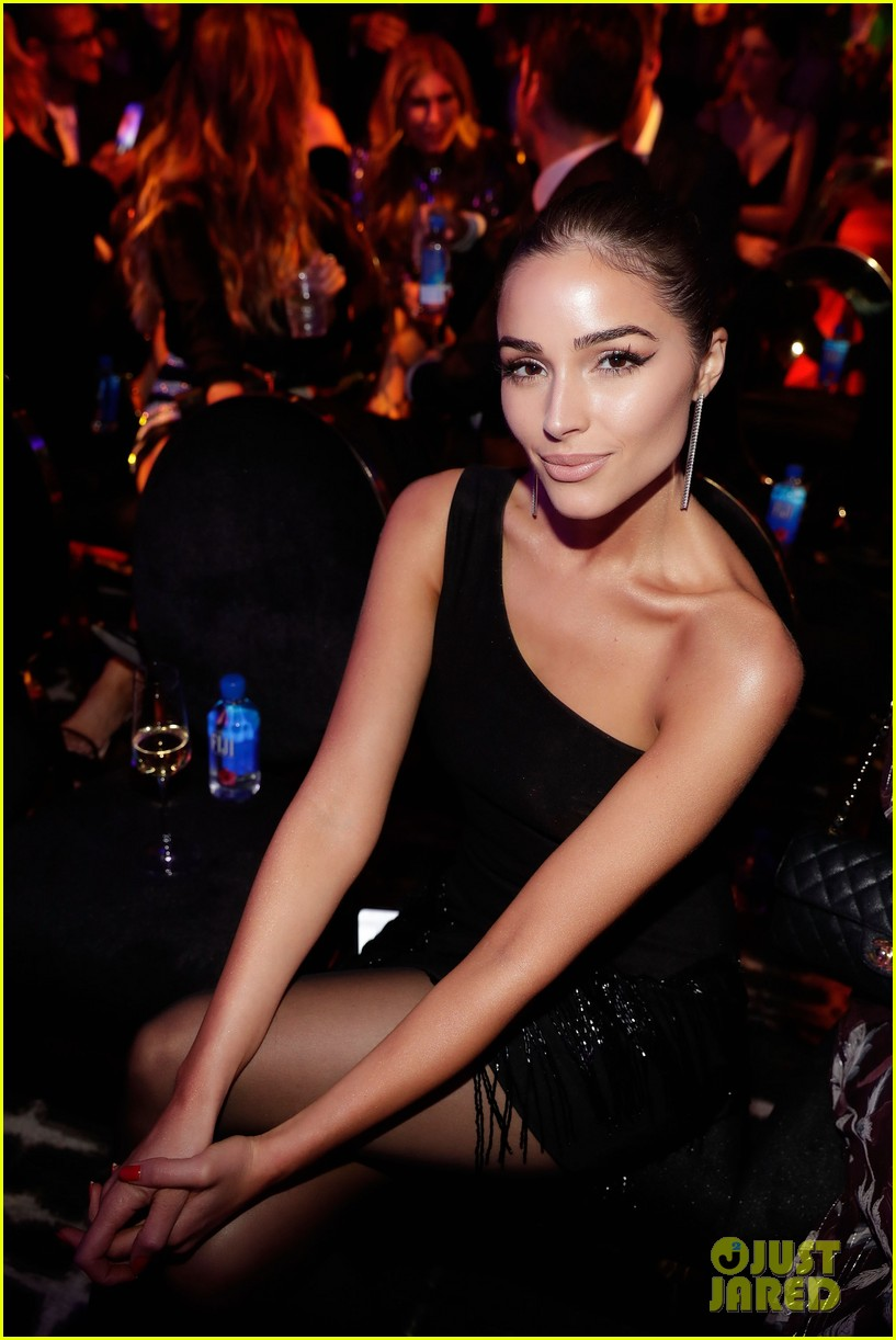 kendall jenner icon of the year revolve awards 2018 114179398