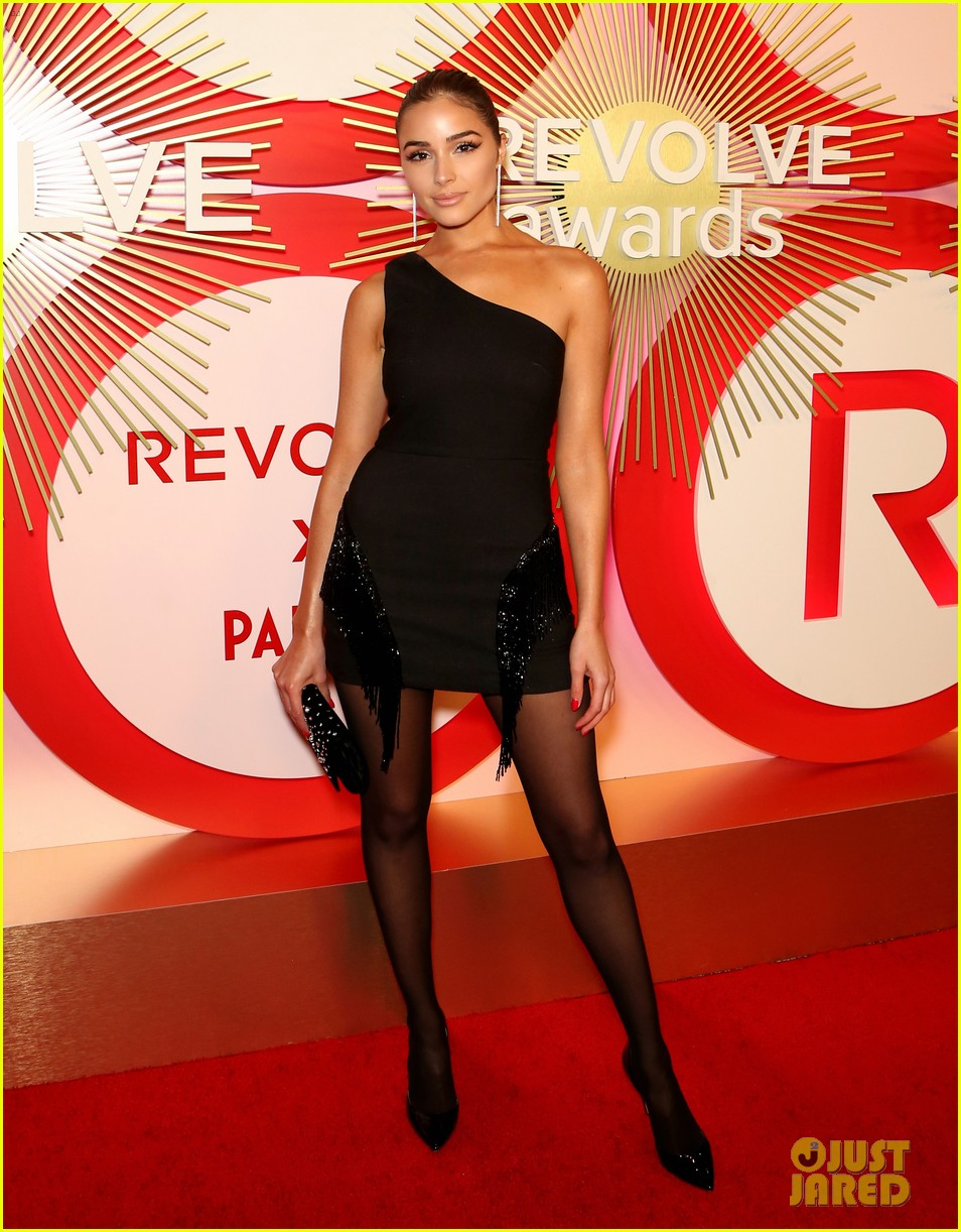kendall jenner icon of the year revolve awards 2018 314179418