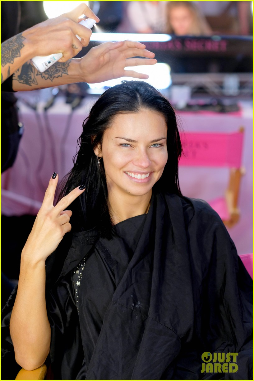 adriana lima retiring from victorias secret 024178043