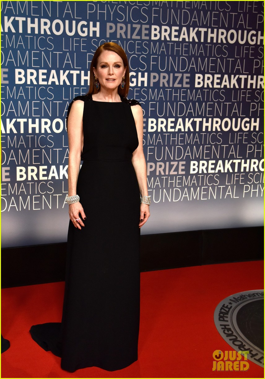 lupita nyongo eddie redmayne julianne moore breakthrough prize 15