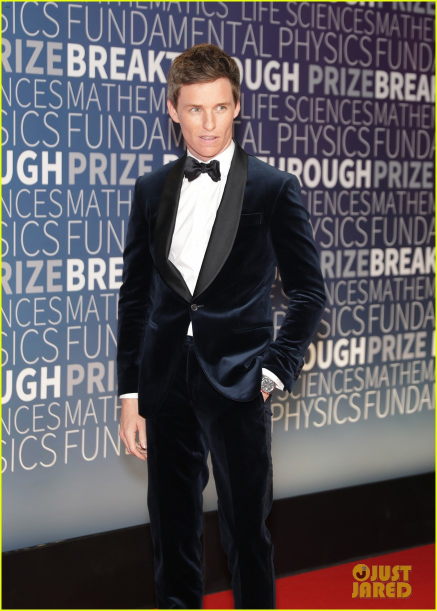 lupita nyongo eddie redmayne julianne moore breakthrough prize 22