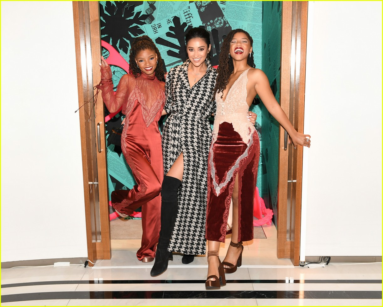 shay mitchell and rowan blanchard have girls night in with tiffany and co 334190545