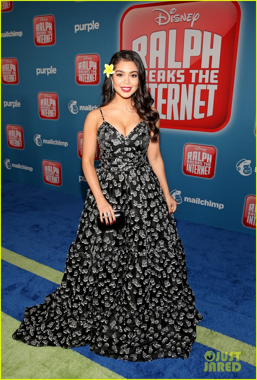 mandy moore taraji p henson and sarah silverman ralph breaks the internet world premiere 024176518