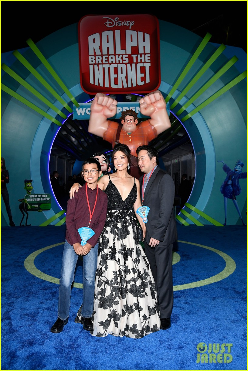 mandy moore taraji p henson and sarah silverman ralph breaks the internet world premiere 384176554
