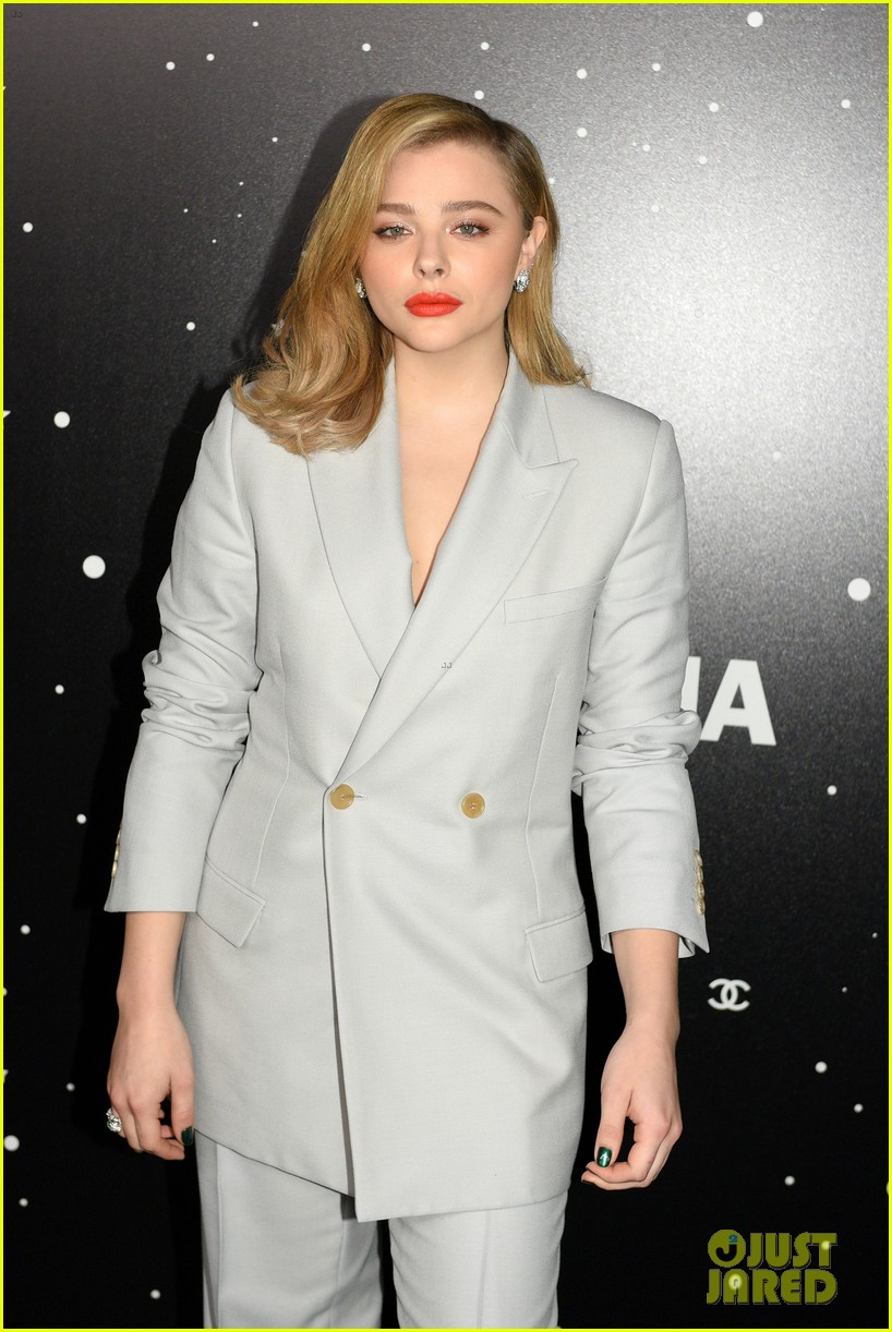 chloe moretz drew barrymore more help tribute martin scorsese at moma film 204185693