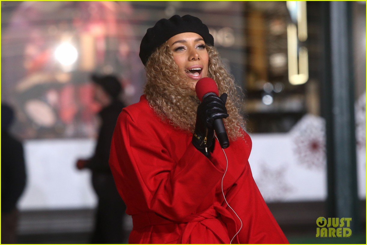 rita ora kane brown leona lewis more prep at macys thanksgiving parade 10