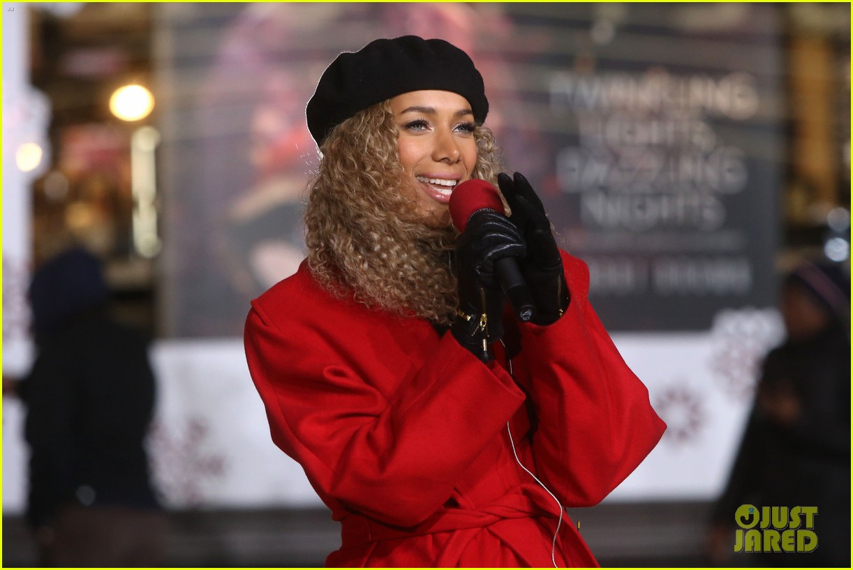 rita ora kane brown leona lewis more prep at macys thanksgiving parade 12