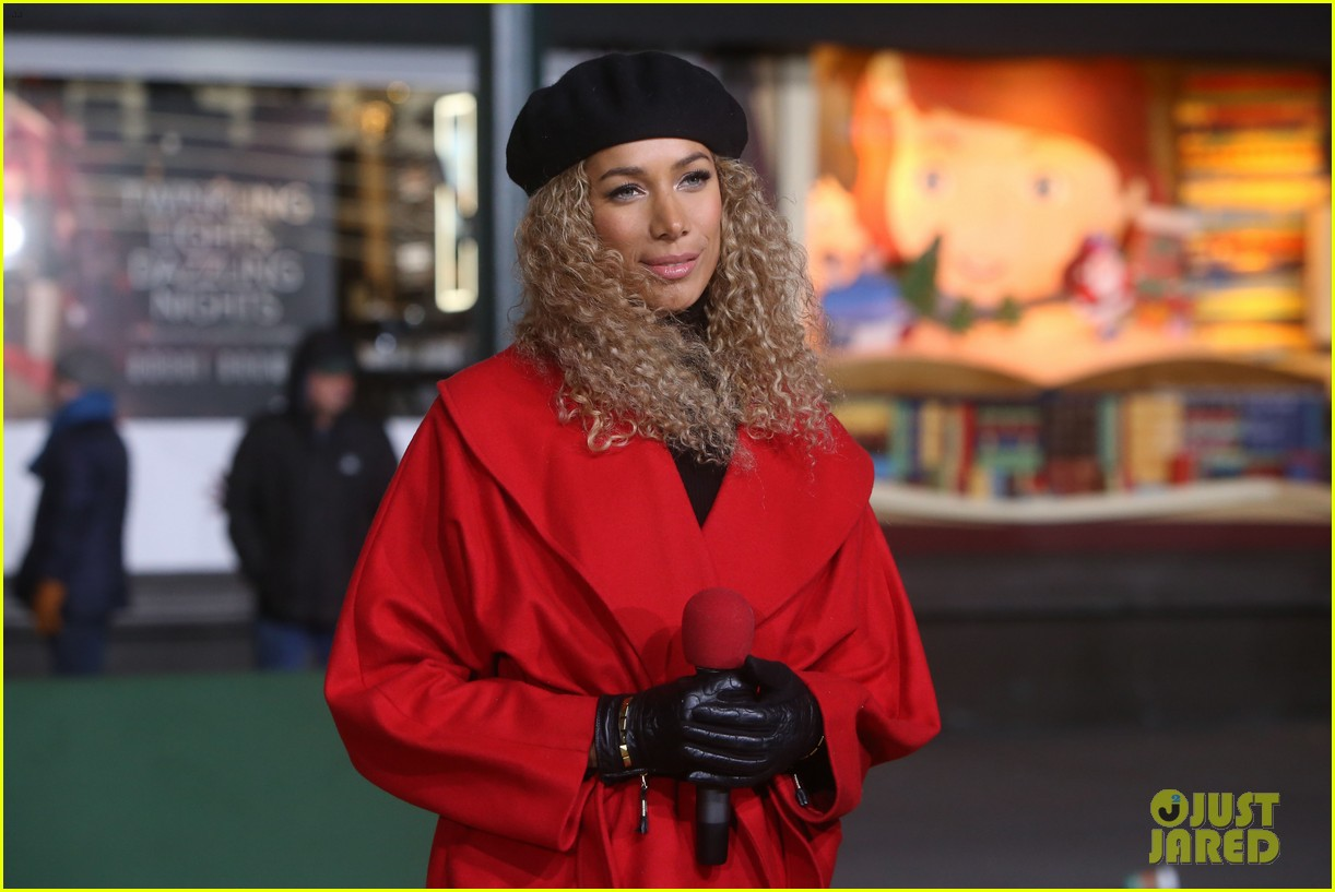 rita ora kane brown leona lewis more prep at macys thanksgiving parade 15