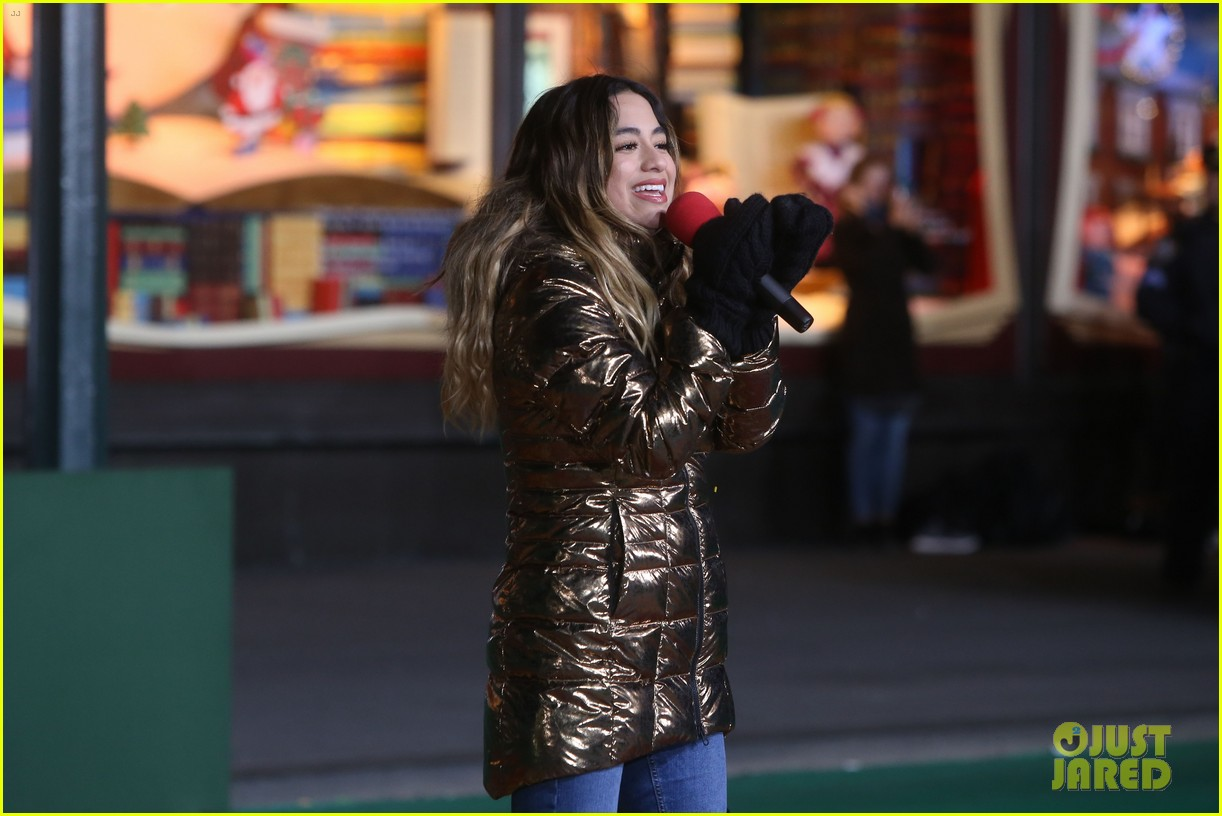 rita ora kane brown leona lewis more prep at macys thanksgiving parade 21