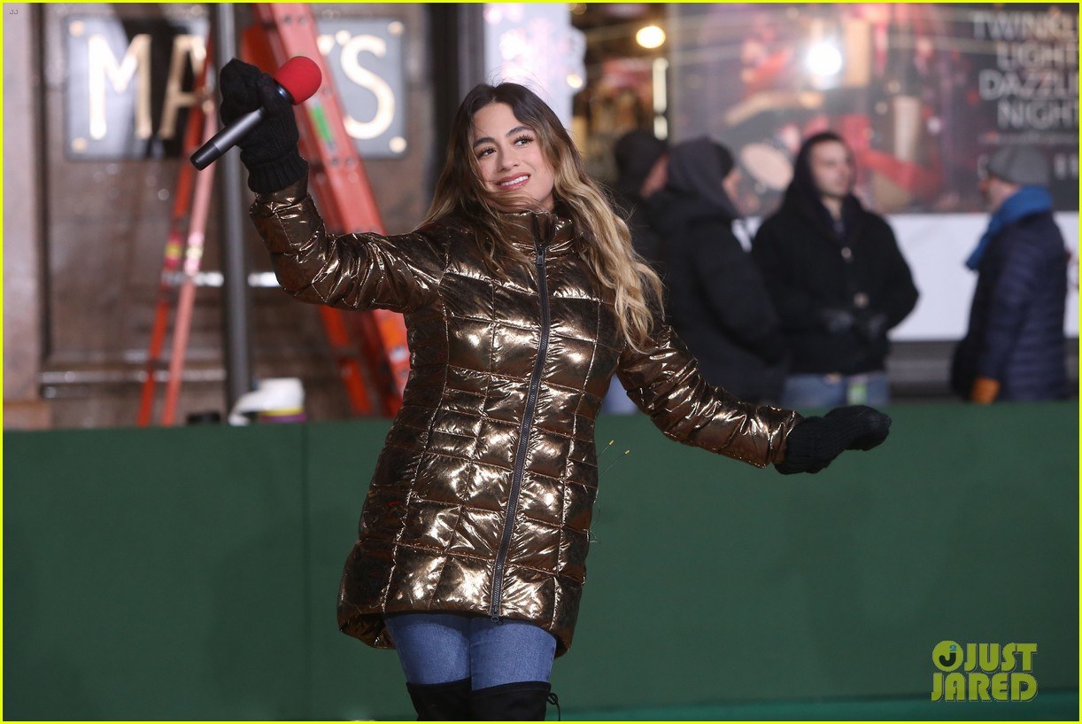rita ora kane brown leona lewis more prep at macys thanksgiving parade 22