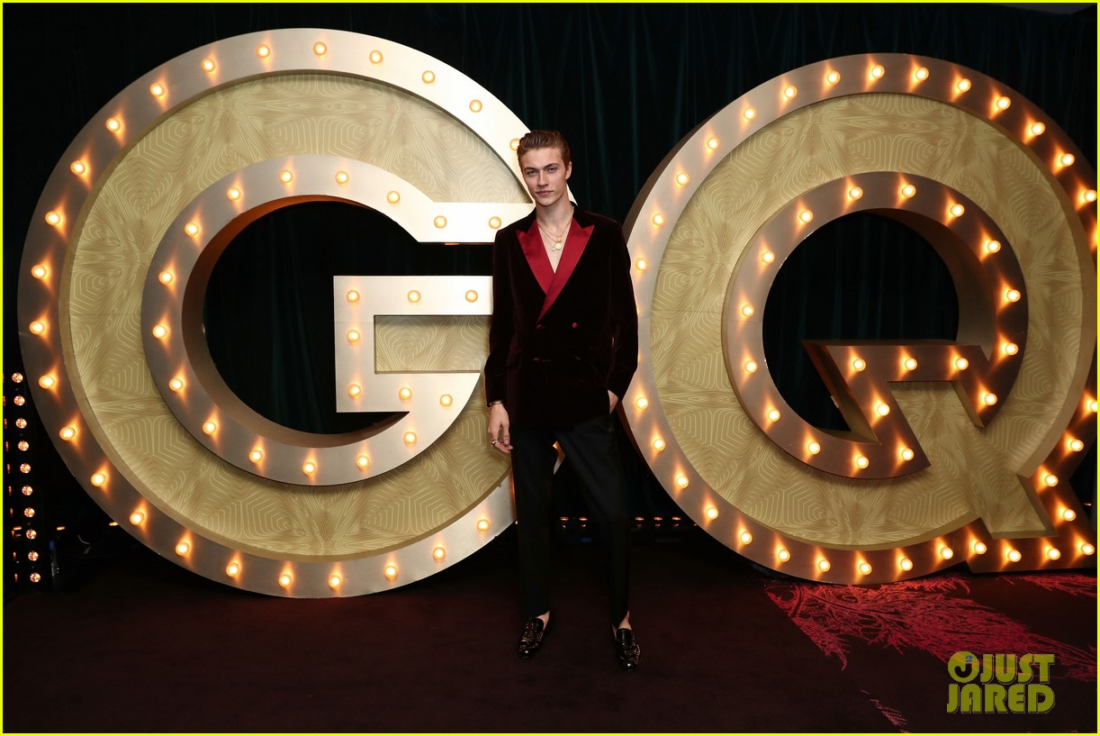emily ratajkowski joel edgerton more honored at gq australia men of the year award 204182408
