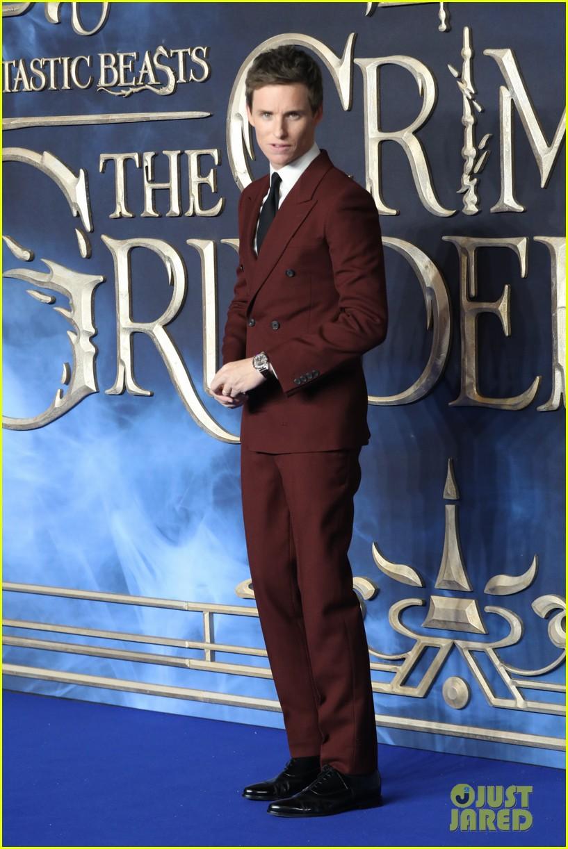 eddie redmayne zoe kravitz more hit carpet at fantastic beasts uk premiere 594181935