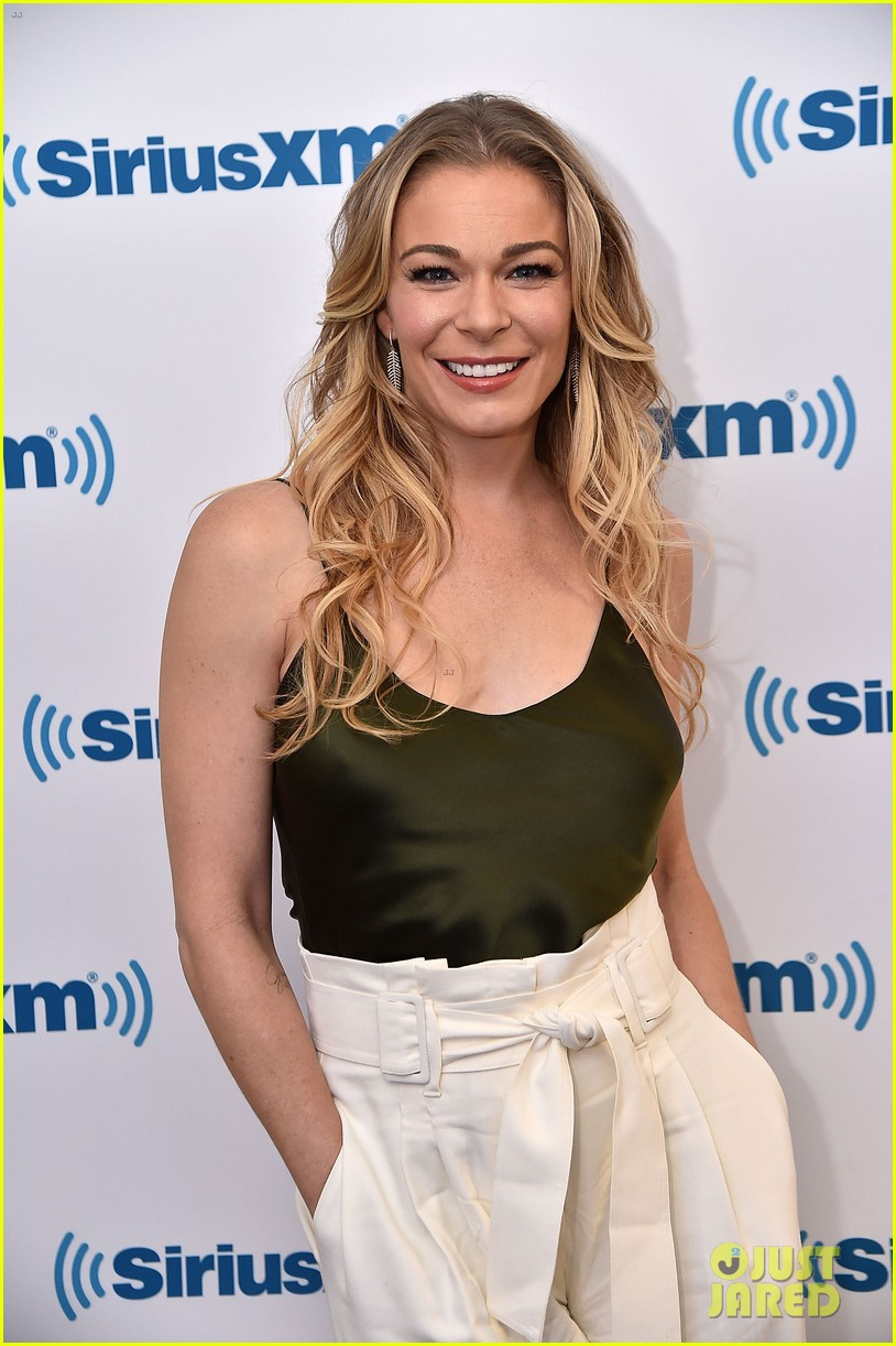 leann rimes reveals she actually met hubby eddie cibrian years before she thought 02