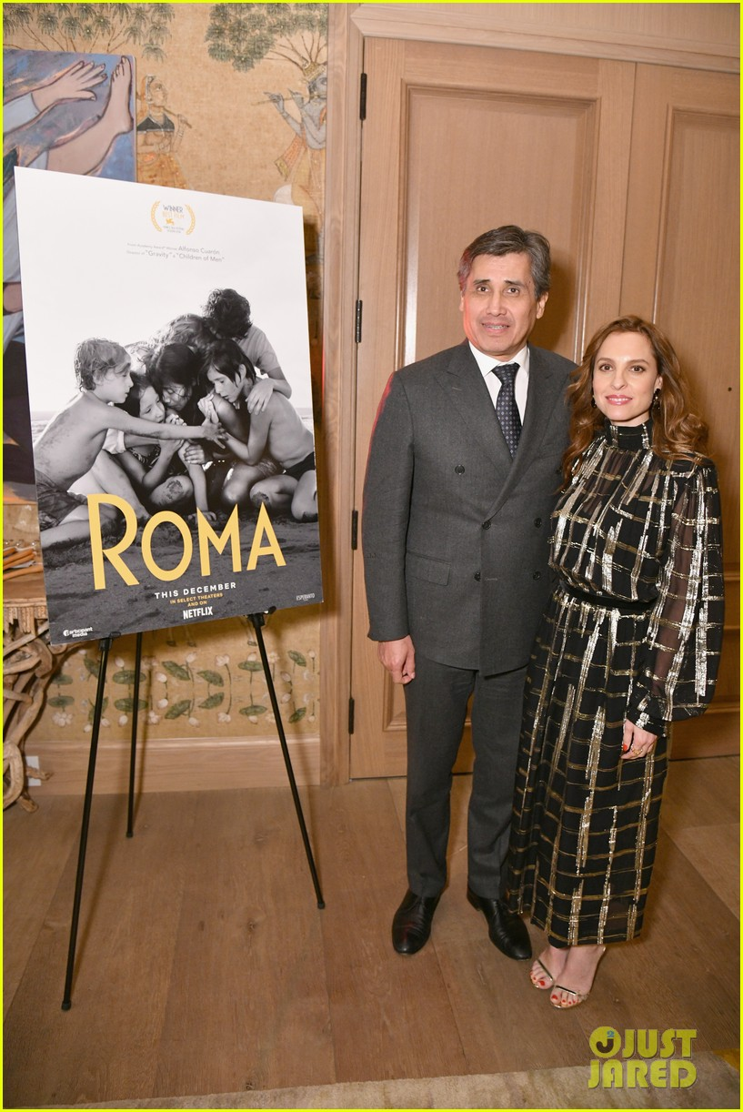 Roma Cast Get Support From Darren Aronofsky Mike Myers More At