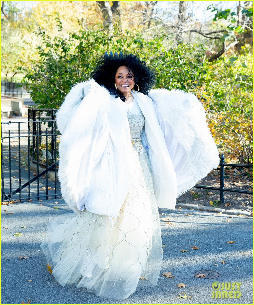 diana ross family thanksgiving day parade 014186745