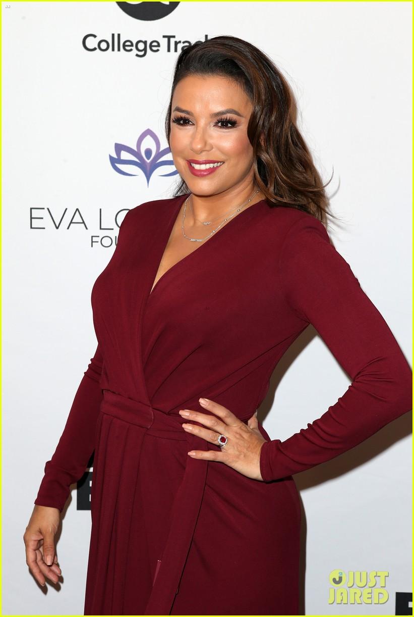 zoe saldana gets star studded support at eva longoria foundation dinner gala 404178928