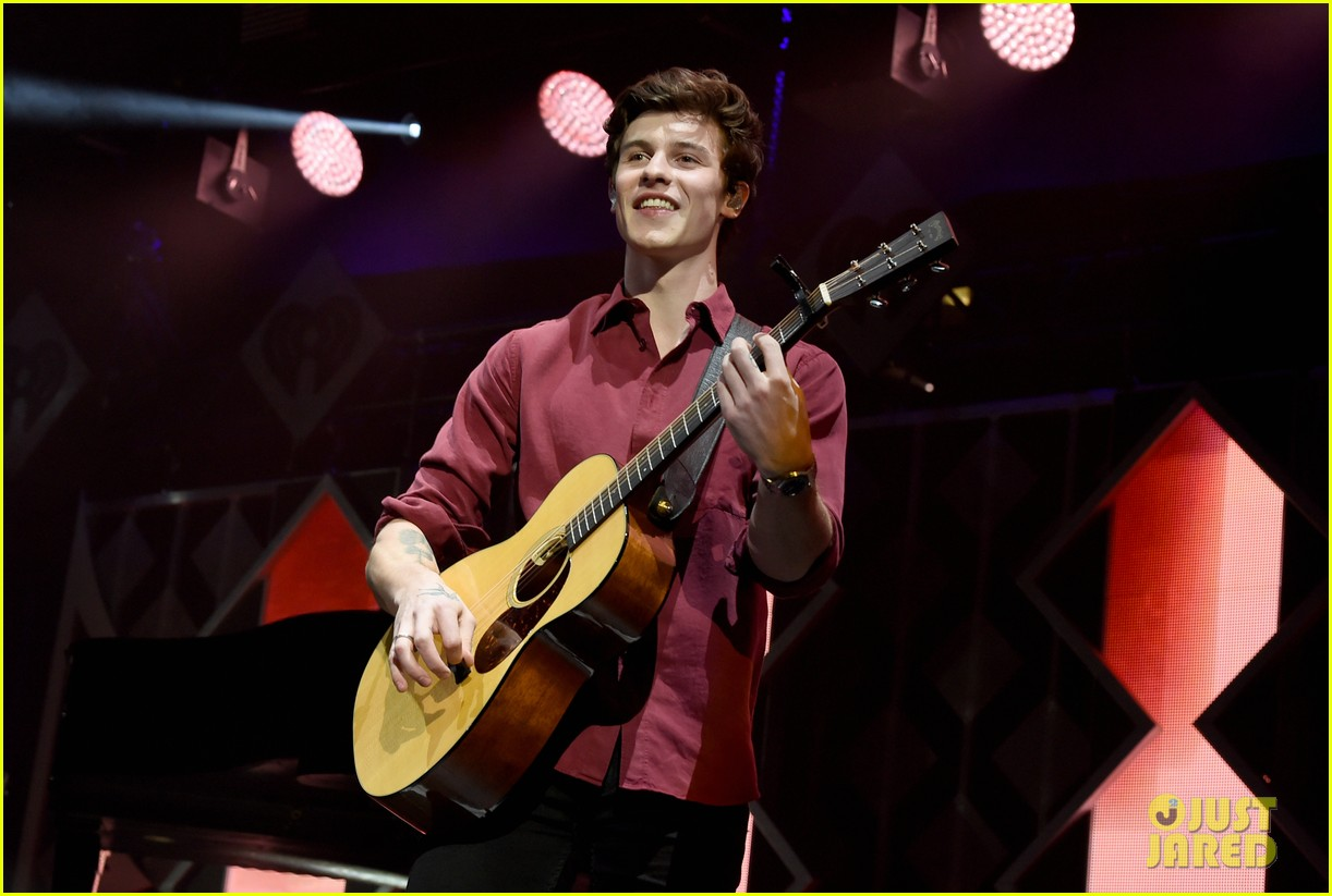shawn mendes kicks off jingle ball 2018 dallas 014189169