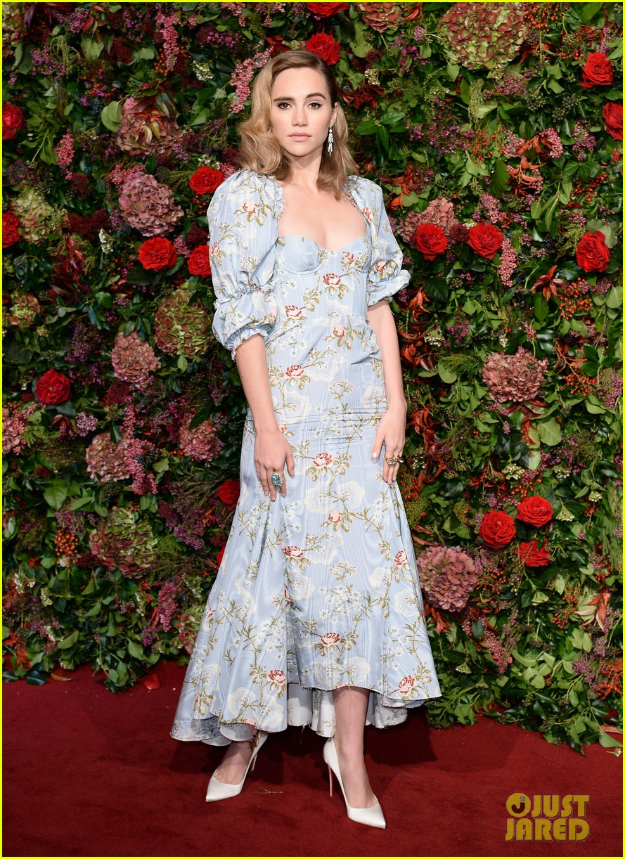 annabelle wallis letitia wright evening standard theatre awards 294184515