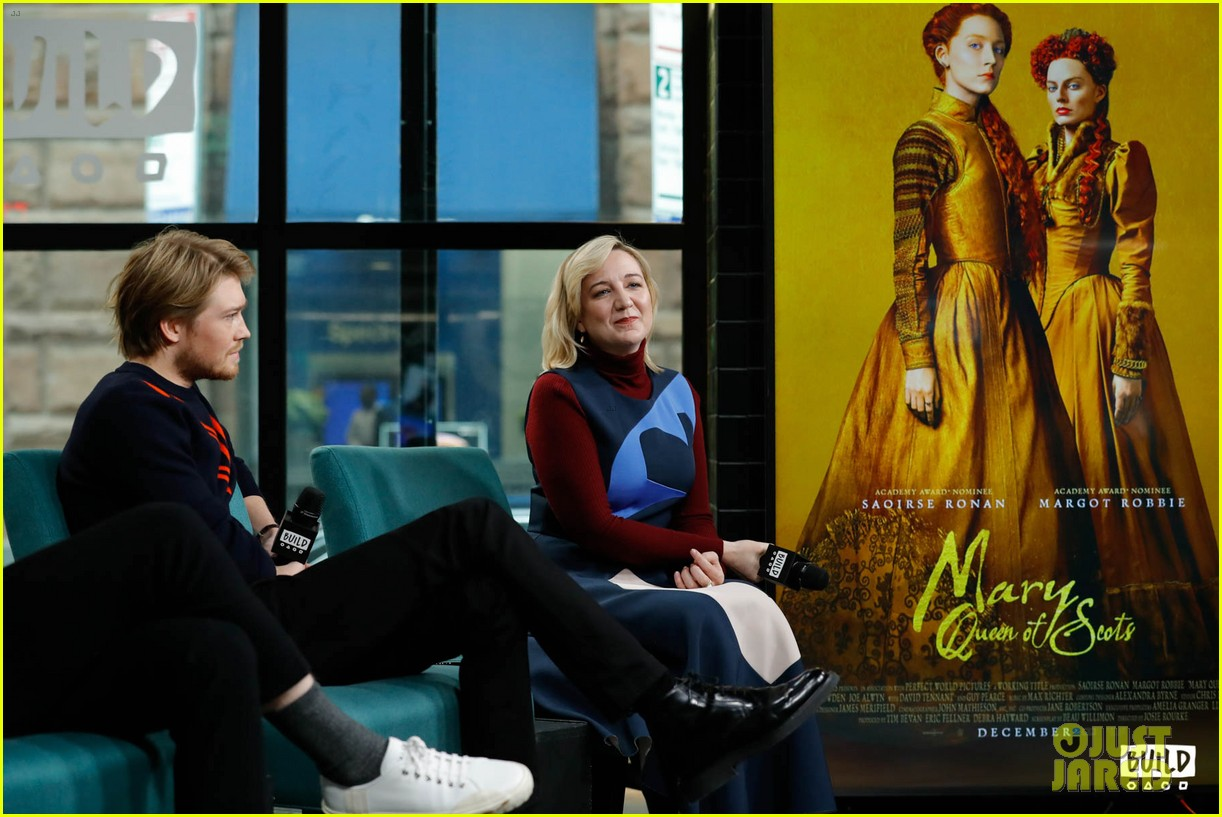 joe alwyn says he auditioned multiple times for love actually 044194518