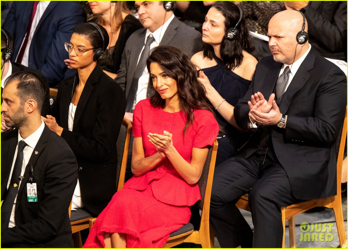 amal clooney steps out solo for nobel peace prize ceremony 2018 01