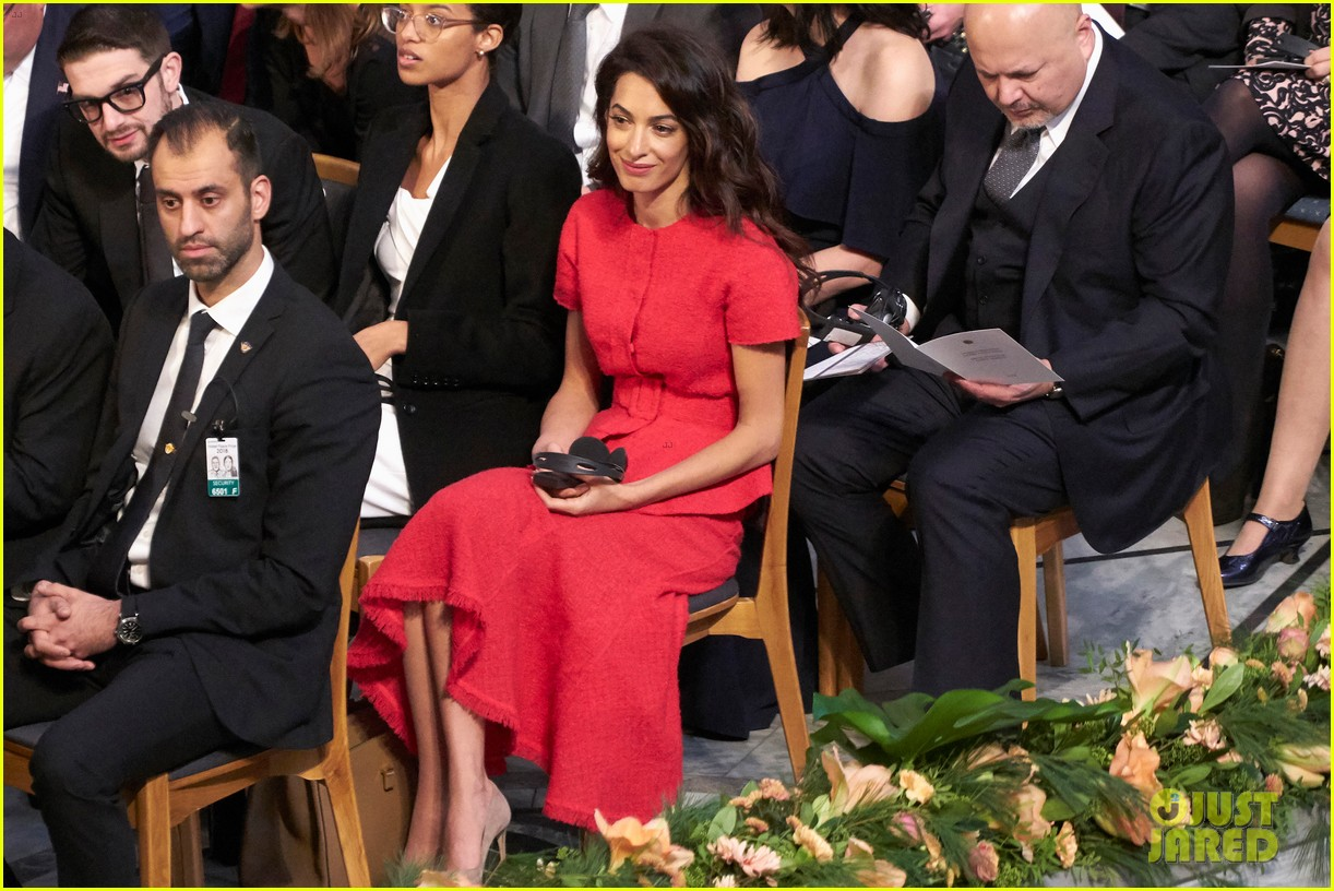amal clooney steps out solo for nobel peace prize ceremony 2018 04