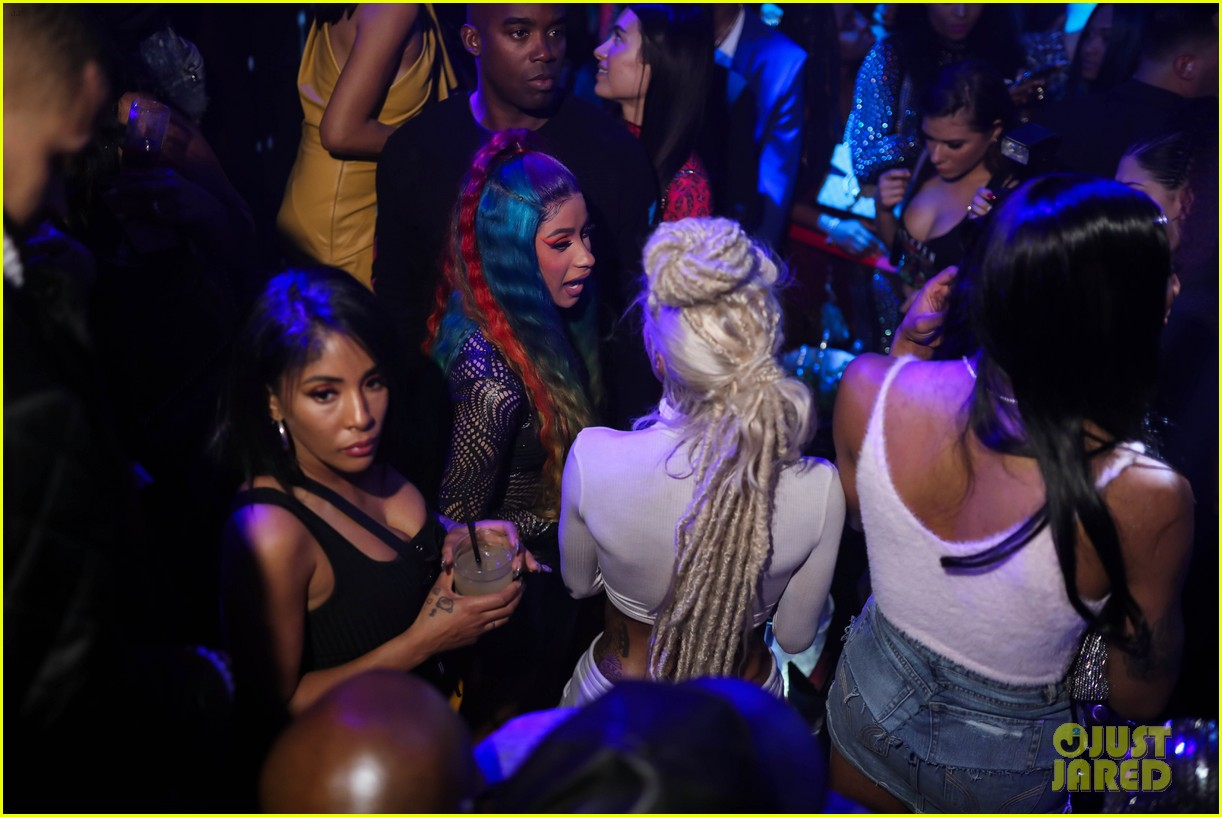 cardi b lives it up at art basel miami after announcing split from offset 054194412