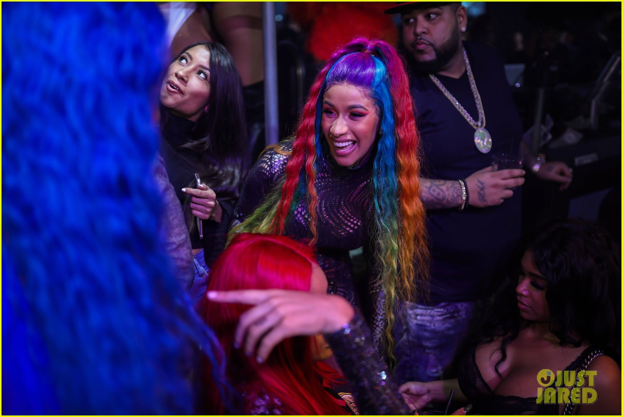 cardi b lives it up at art basel miami after announcing split from offset 064194413