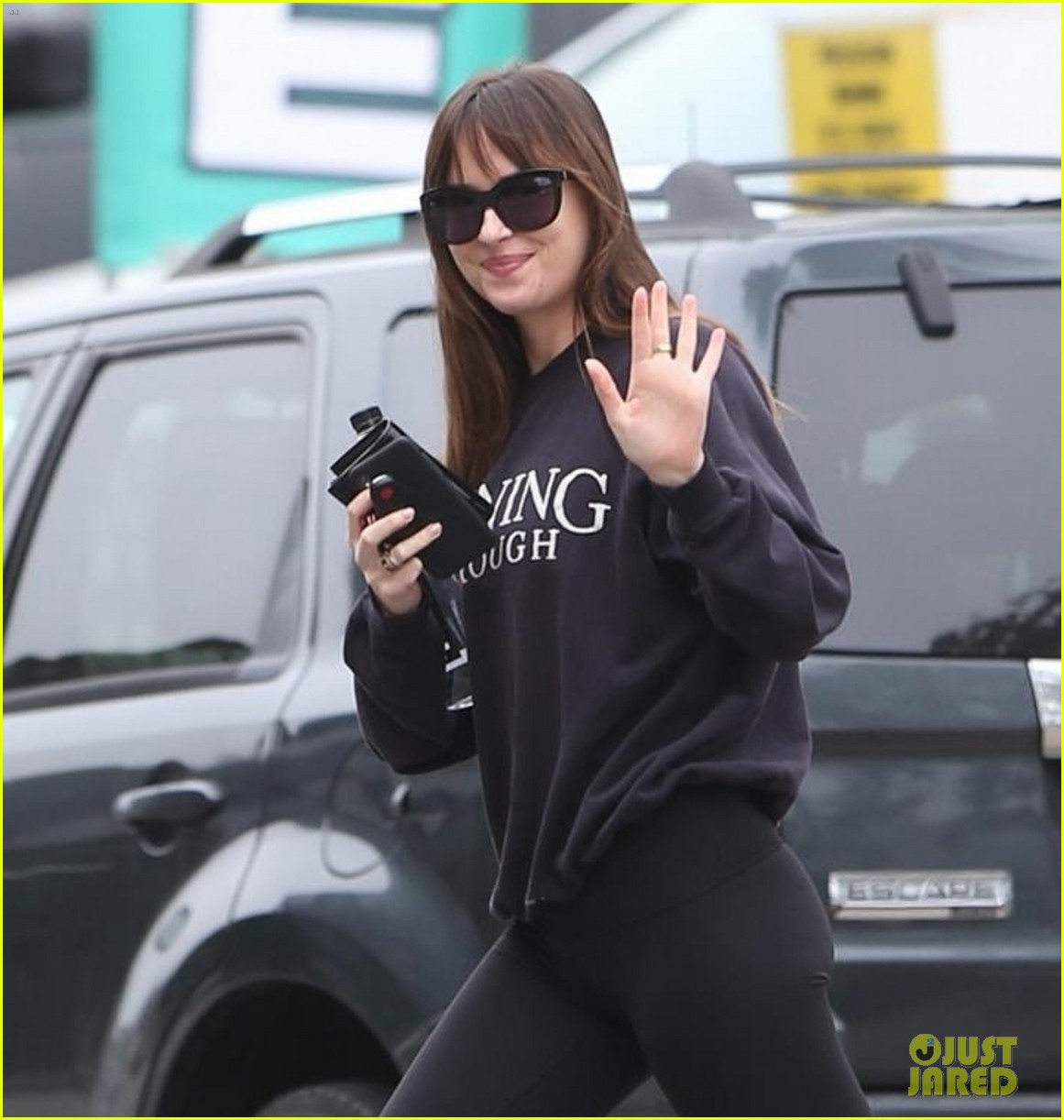 dakota johnson gym december 2018 074198852