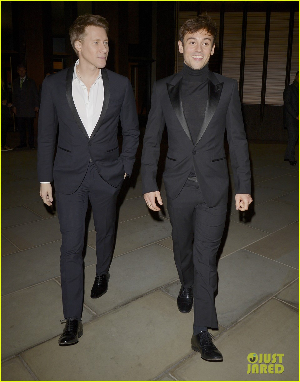 tom daley dustin lance black couple up at vanity fair x bloomberg climate change gala 17