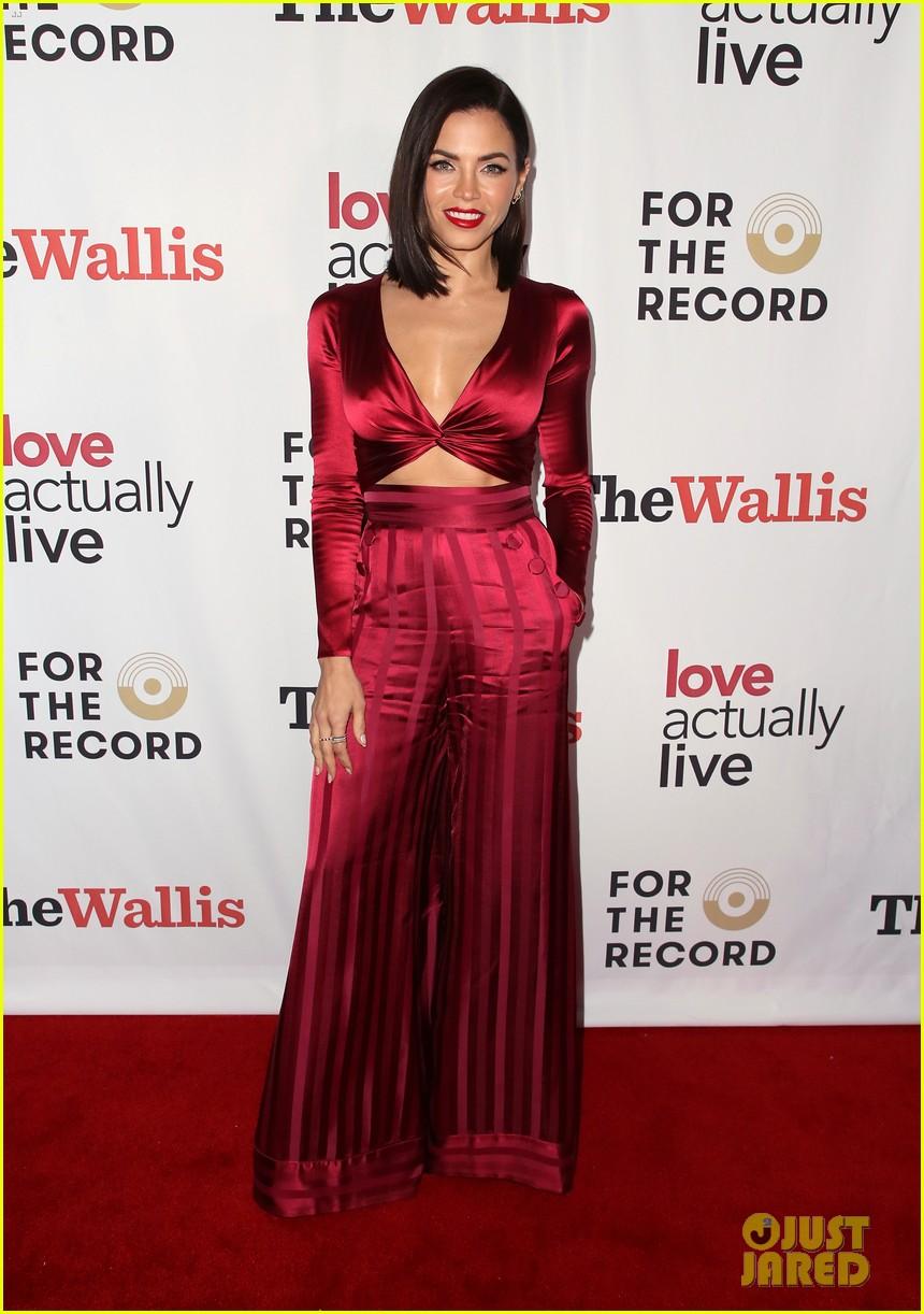 jenna dewan supports boyfriend steve kazee at love actually live opening night 05