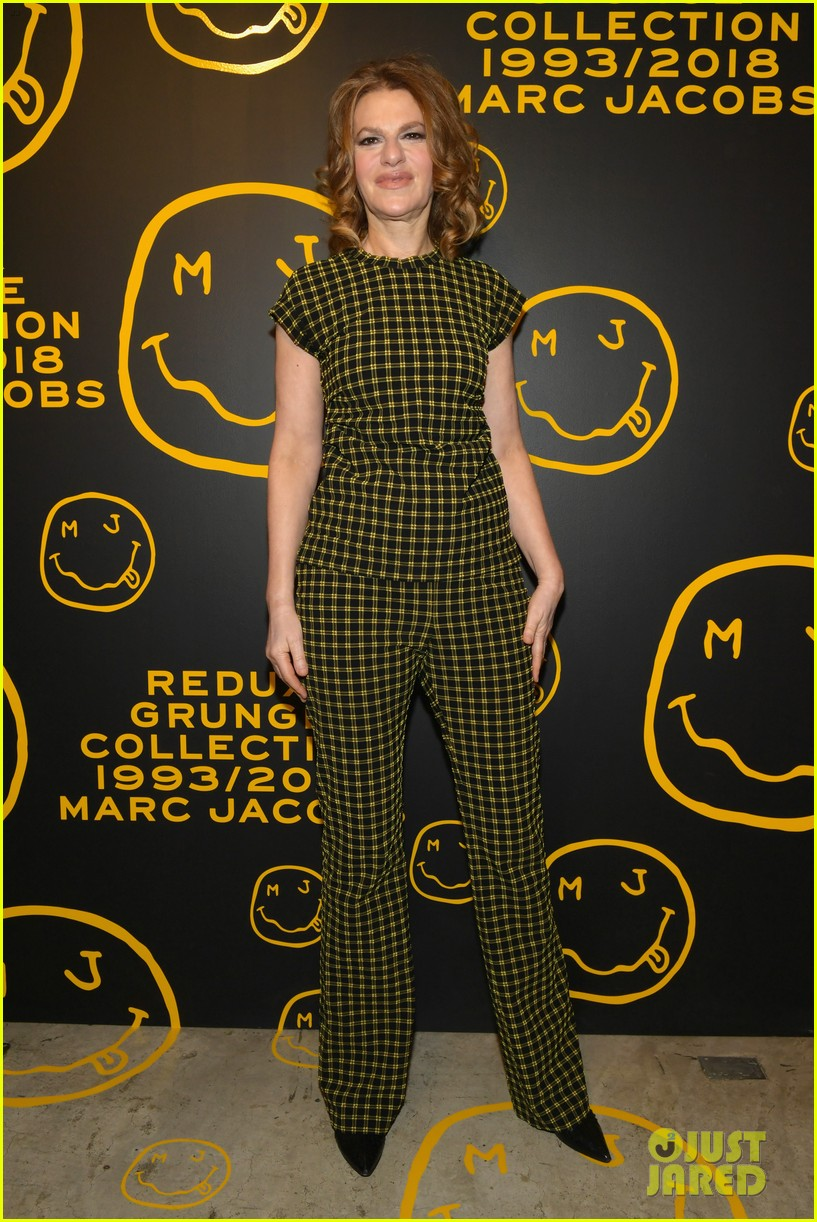 gigi hadid and kaia gerber stun in stripes at marc jacobs madison store opening 234192591