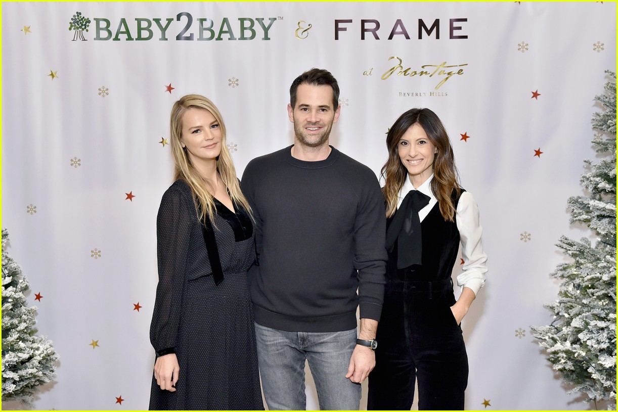 baby2baby holiday party december 2018 11