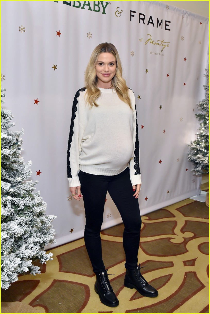 baby2baby holiday party december 2018 20