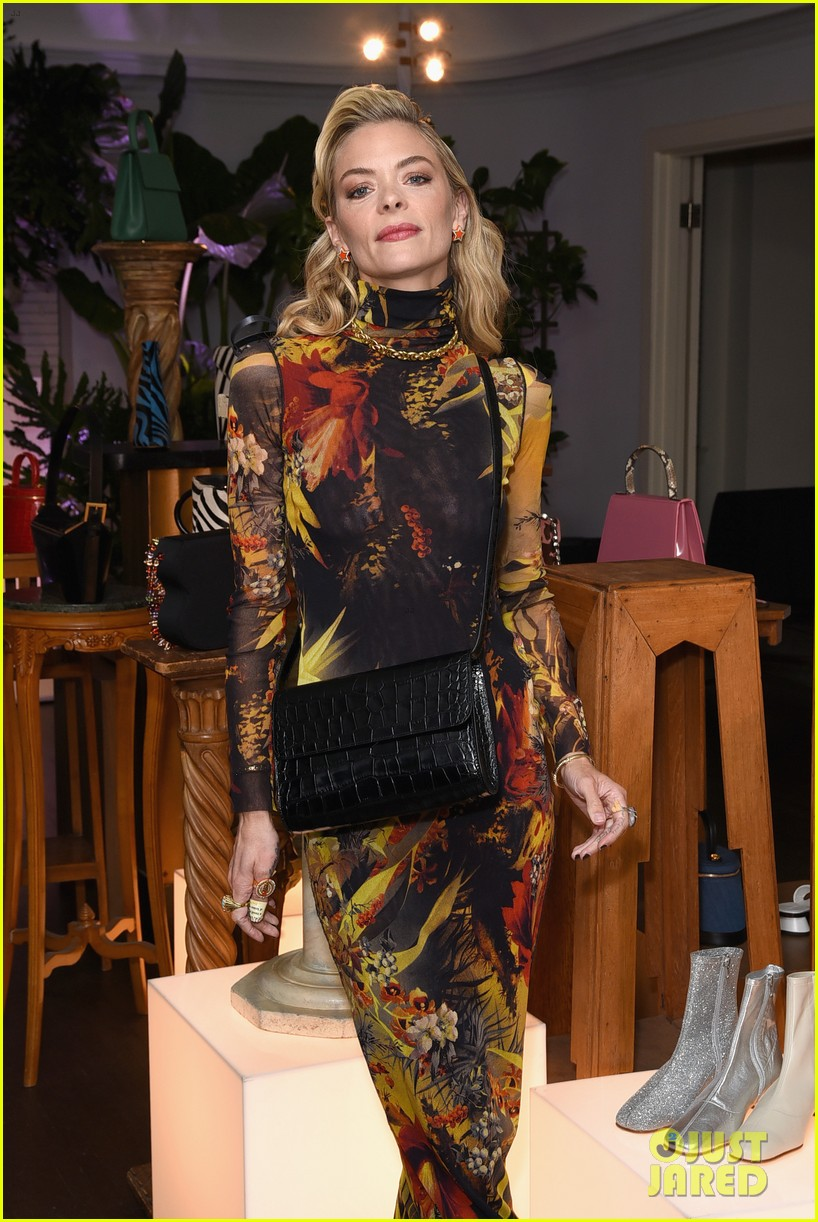 january jones jaime king more get festive at by far party 07