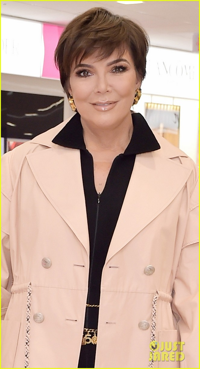 kim kardashian launches kkw beauty collection at ulta beauty 034194718