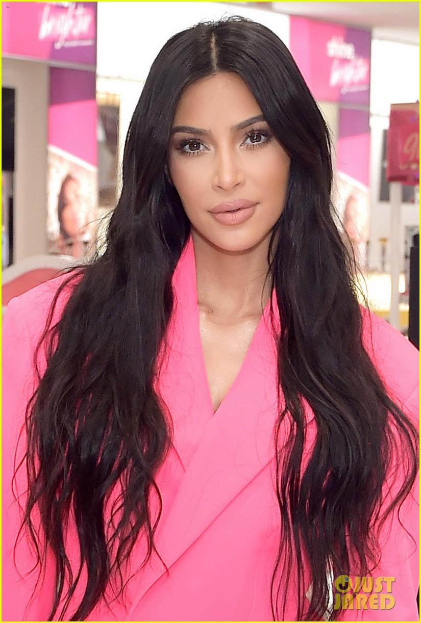 kim kardashian launches kkw beauty collection at ulta beauty 044194719