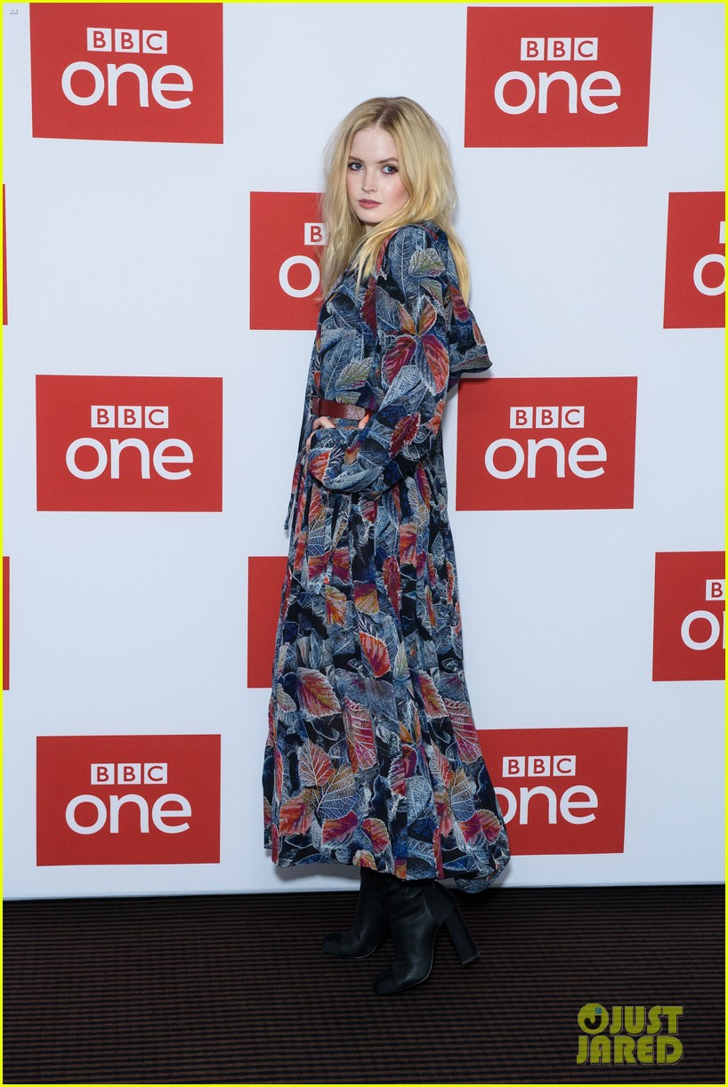 les miserables photocall london december 2018 184194382