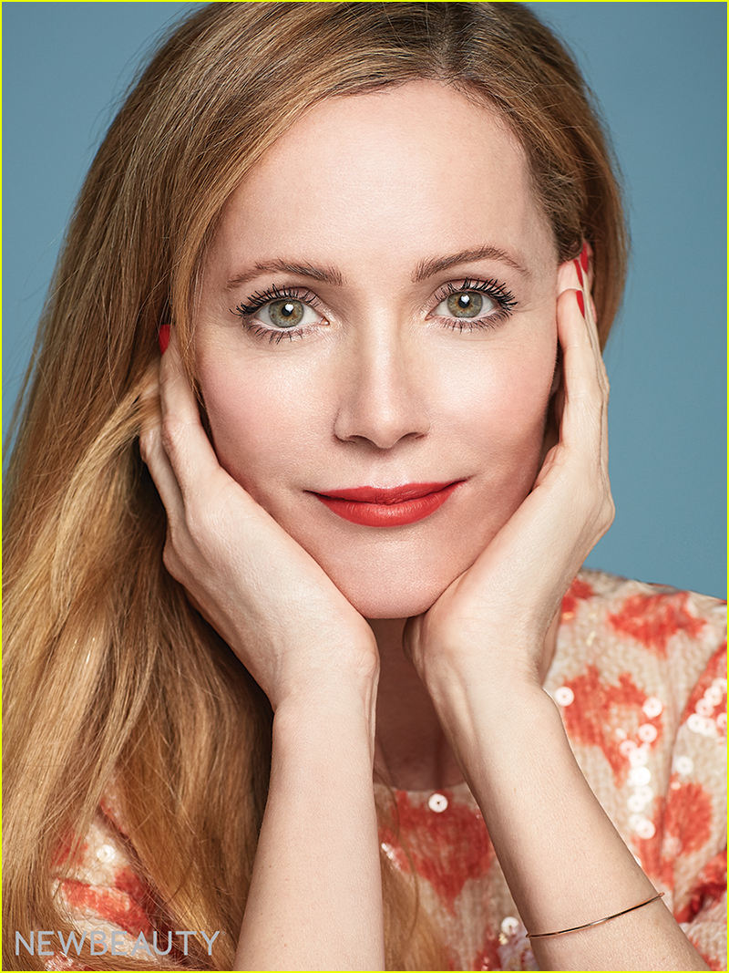 leslie mann says comedy didnt come easy for her 01