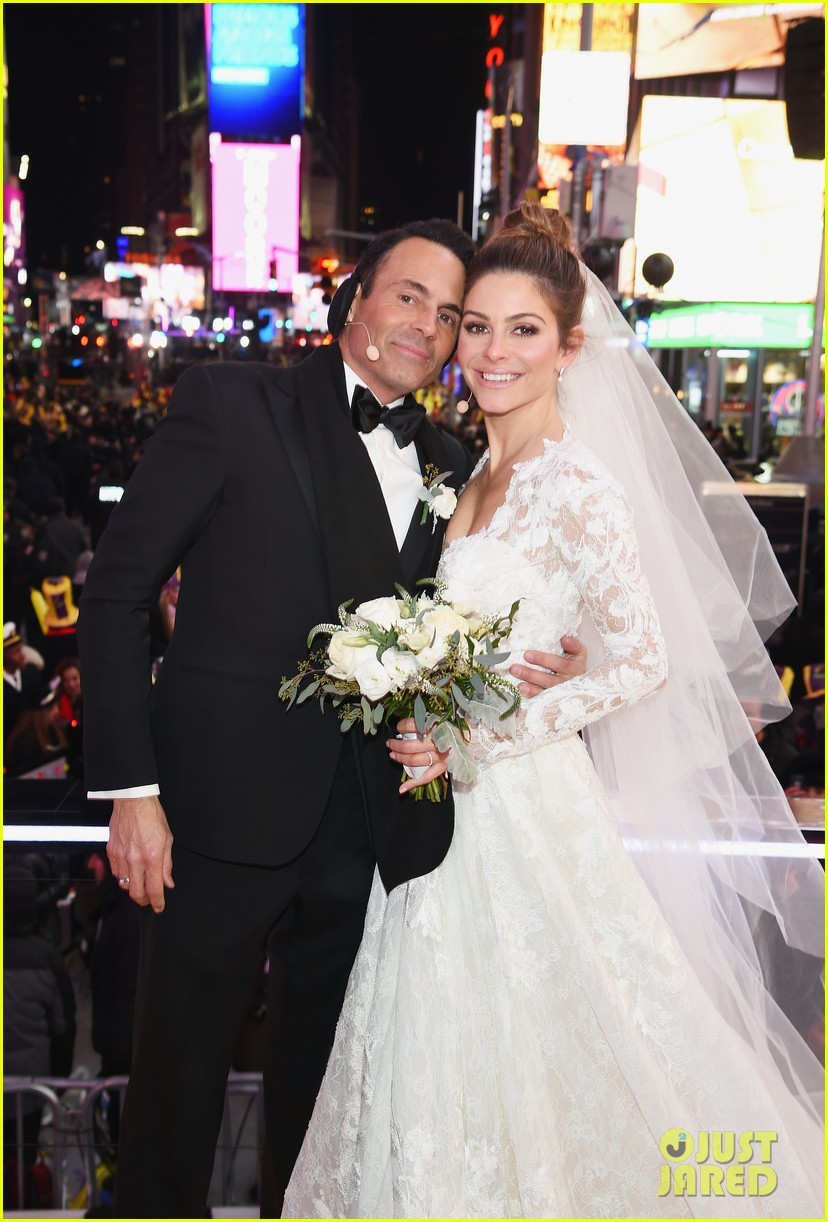 maria menounos keven undergaro new years eve wedding 10