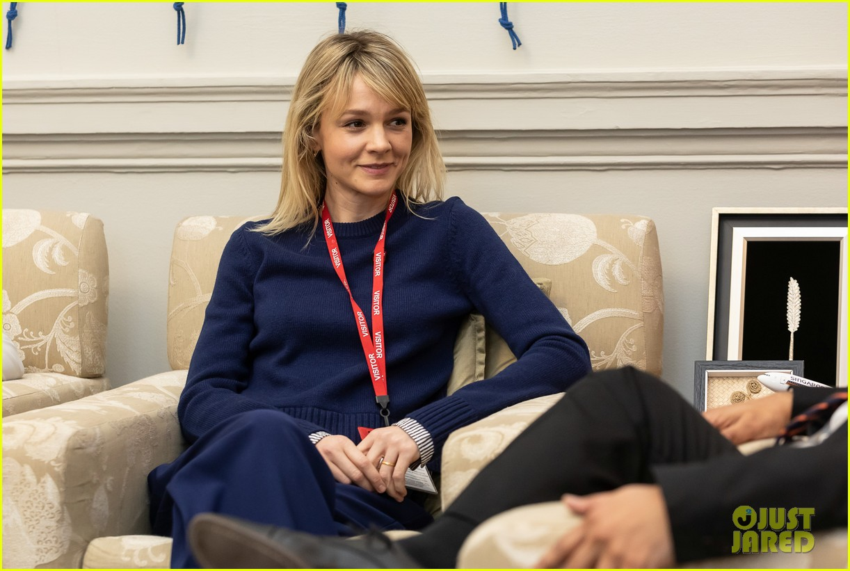 carey mulligan meets with lord ahmad in support of children affected by armed conflict 01